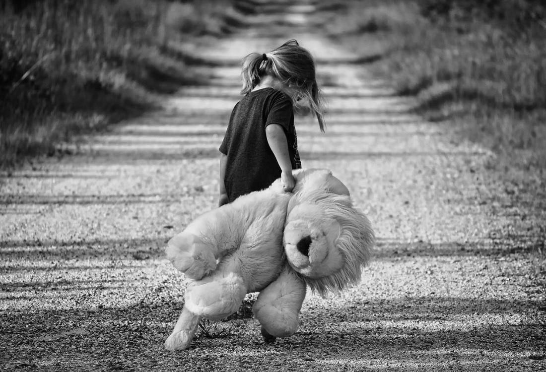 Ernstige en aanhoudende vroege traumatisering leidt tot kwetsbaarheid op volwassen leeftijd