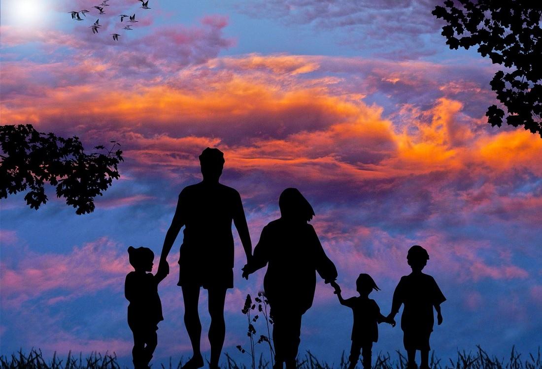 Zomeravondgesprek over opvoeden en opgroeien